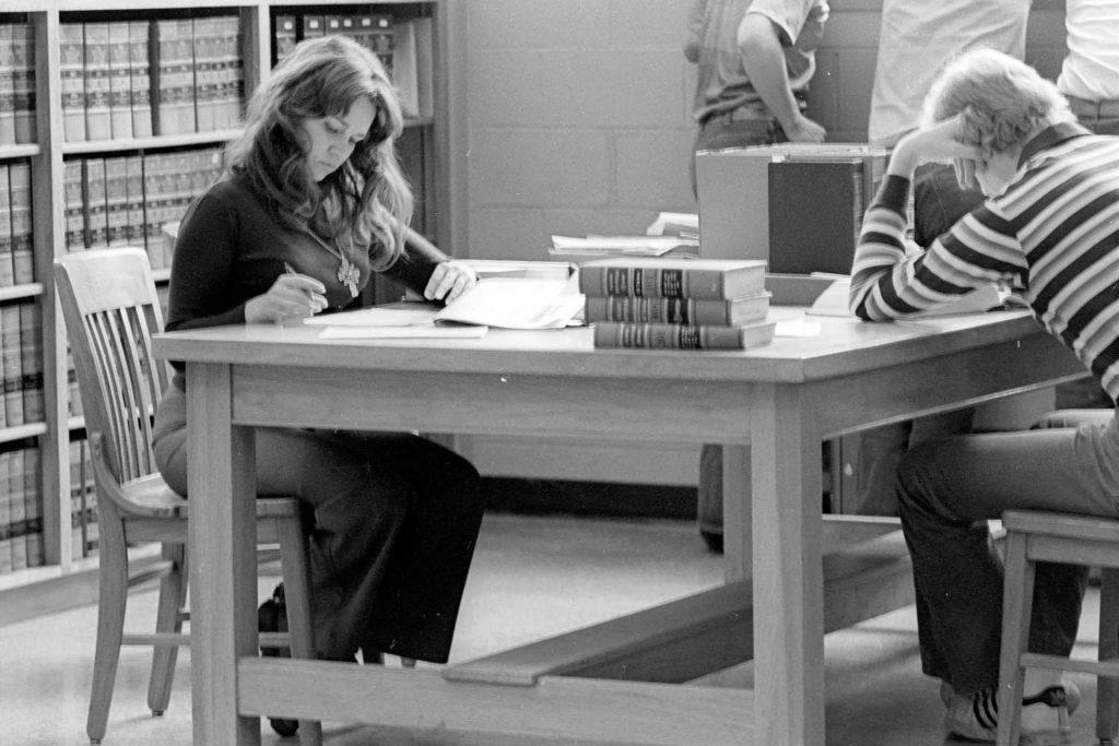 University of Montana students study in the law library in the 1970s. (Mansfield Library, University of Montana)